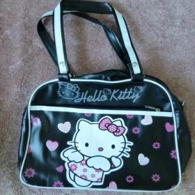 Černá dámská kabelka Hello Kitty - foto č. 1