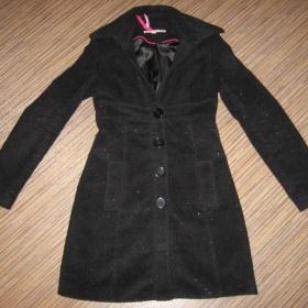 Černý kabát se stříbrnými nitkami Tally Weijl - foto č. 1