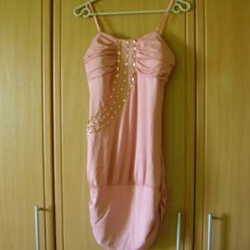 Růžové šaty Best Emilie - foto č. 1