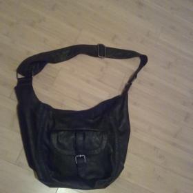 Černá větší kabelka Terranova - foto č. 1