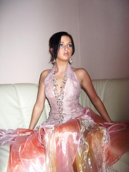 Šaty na maturitní ples 2012 - Diskuze Omlazení.cz (9) 11319c7fcc