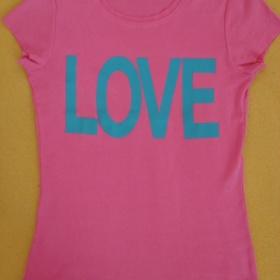 Růžové tričko Benetton - foto č. 1