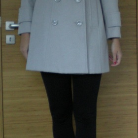 Béžový kabát FF
