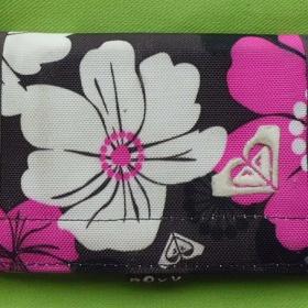 Peněženka Roxy hnědo - růžovo - bílá s květy - foto č. 1
