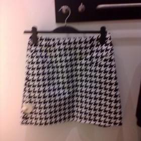 Kostkovaná/károvaná sukně černobílá sukně z H&M - foto č. 1