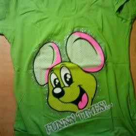 Zelené tričko s myšákem minimálně nošené od  Style Woman - foto č. 1