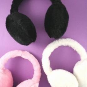 Klapky na uši -bílé - foto č. 1