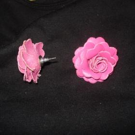 Náušnice růžové růžičky  Takko - foto č. 1