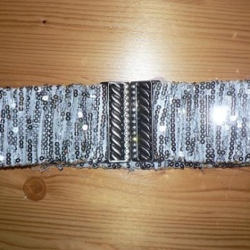 Flitrovaný stříbrný široký pásek Italská moda - foto č. 1