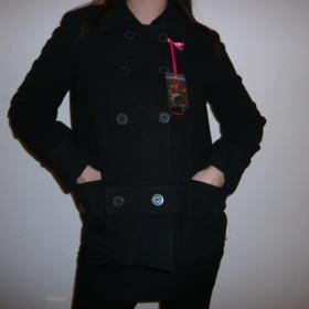 Černý flaušový kabát Playboy - foto č. 1
