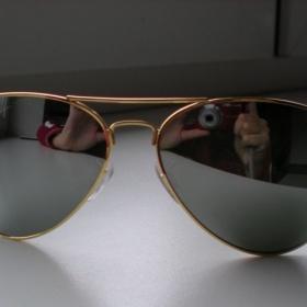Zlaté zrcadlové sluneční brýle Ray Ban