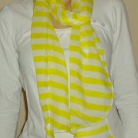 Bílo - žlutá šálka H&M - foto č. 1