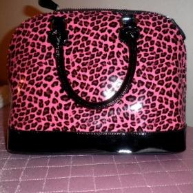 Růžová leopardí kabelka + popruh + odepiantelný přívěsek, drhne zip - foto č. 1