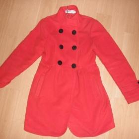 Červený kabát s velkými knoflíky v Japan stylu XS - S - foto č. 1