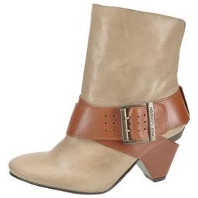 Boty na nízkém podpatku - foto č. 1