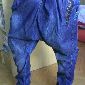 Haremky / turecké jeansy  Bershka - foto č. 1