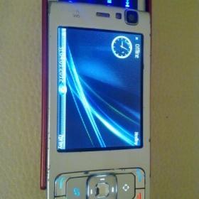 Červeno - stříbrná nokia N95 - foto č. 1