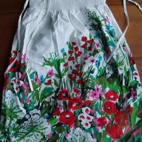 Bílé květované šaty Zara na zavazování - foto č. 1