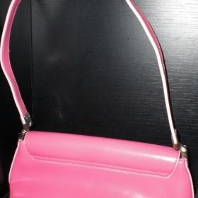Růžová kabelka - foto č. 1