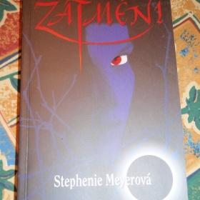 Kniha Zatmění od Stephenie Meyerové - foto č. 1