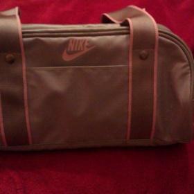 Růžovo šedá kabelka Nike - foto č. 1