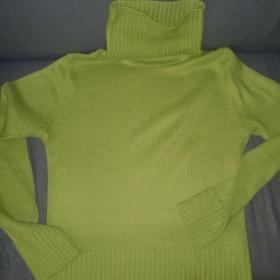 Syt� zelenkav� rol�kov� svetr s dlouh�m ruk�vem Philip Russel - foto �. 1