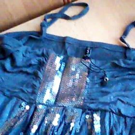 Šedé tričko s glitry - foto č. 1
