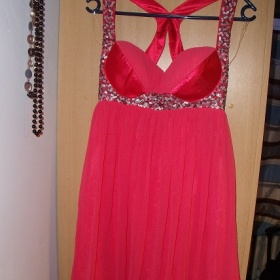 Ružové šaty lipsy - foto č. 1