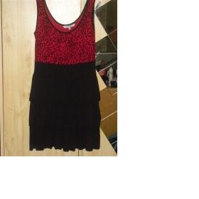 Červeno - černé  tygrované šaty - foto č. 1