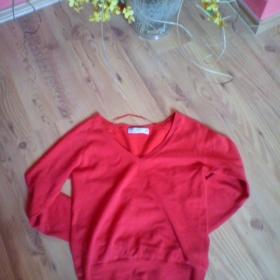 Červený svetr Zara - foto č. 1