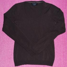 Tmavě hnědý svetřík s kulatým výstřihem Gate - foto č. 1