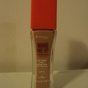 Rimmel Wake me up 203 True Beige - foto �. 1