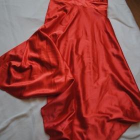 Orandžové spoločenské šaty - foto č. 1
