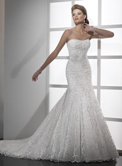 56dd27d0af2 Jakou barvu svatby v kombinaci se šaty ve slonové kosti  - Diskuze ...