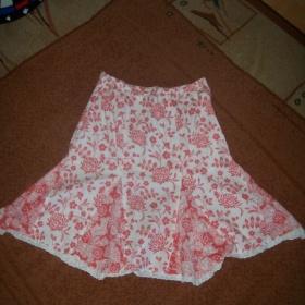 Bílá sukně s květy z bonprixu - foto č. 1