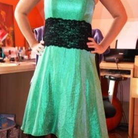 Společenské šaty zelené - foto č. 1
