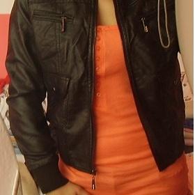 Černá koženková bunda do pasu - foto č. 1