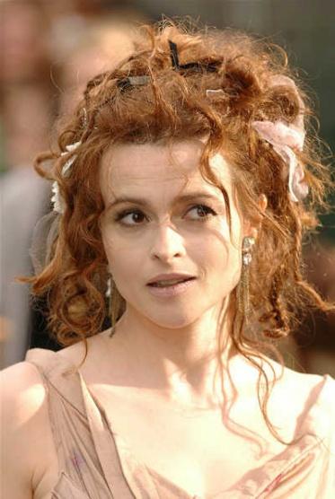 Helena Bonham Carter - účesy - Diskuze Omlazení.cz d21ac541d83