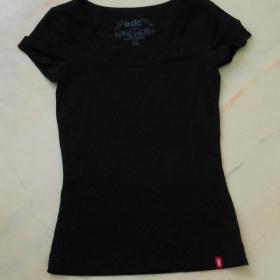 Černé tričko s krátkým rukávem Esprit - foto č. 1