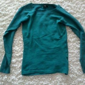 Zelený svetr Ann Christine - foto č. 1