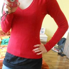 Červený svetřík Zara - foto č. 1