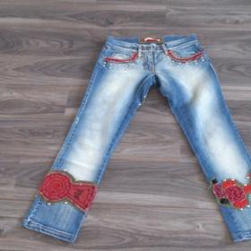 3/4 modre kalhoty s vysivkami a flitry - foto č. 1