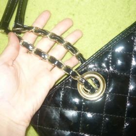 Černá kabelka na řetízku z Tally Weijl - foto č. 1