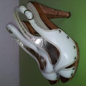 B�ov� boty na podpadku - foto �. 1