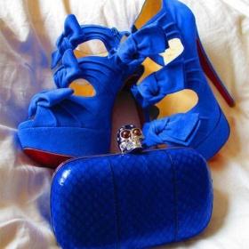 Modr� podpatky s ma�li�kama - foto �. 1