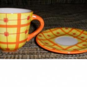 Sada 4 hrníčků s podšálkem žluto oranžové - foto č. 1