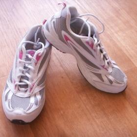 Bílo - růžové sportovní botasky Toplay - foto č. 1