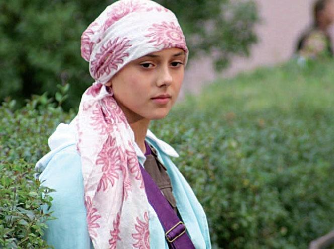 24646613b1d Jak uvázat plážový šátek na hlavu  - Diskuze Omlazení.cz