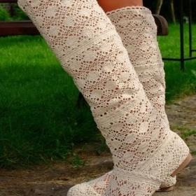 Letní háčkované kozačky ke kolenům v béžové barvě - foto č. 1