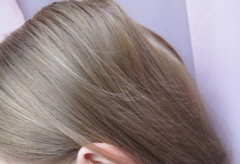 loreal přeliv na vlasy